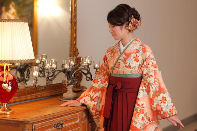 袴を着た女性5|似合う袴とは
